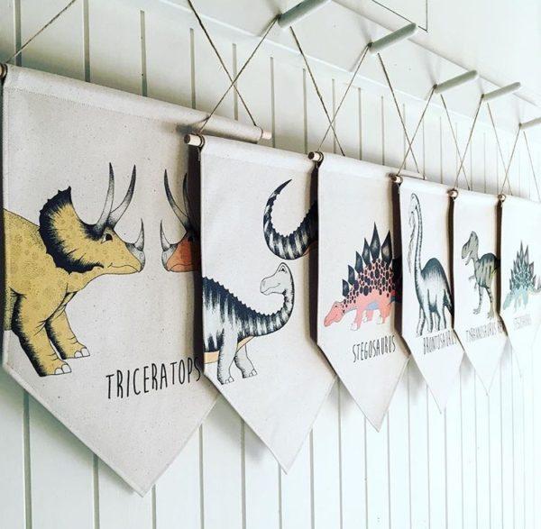 banery proporczyki dinozaury