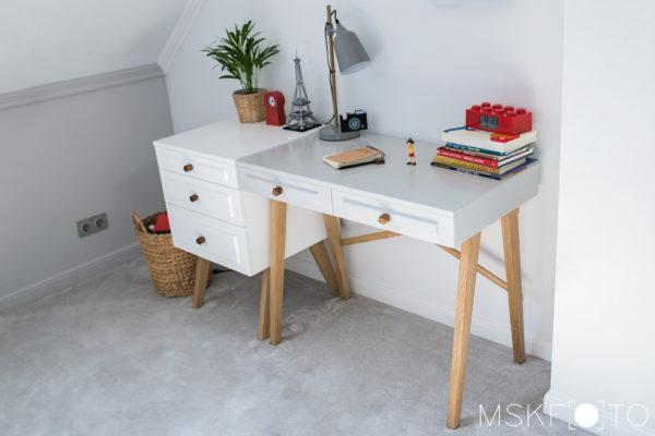 biurko dla dziecka lakierowane
